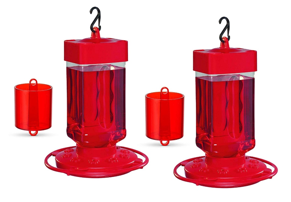Best Outdoor Décor Ideas For Your Yard - Hummingbird Feeder