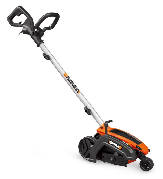 Tools Every Landscaper Should Own - Lawn Edger
